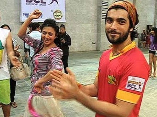 divyanka sssharad box cricket league