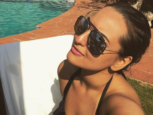 Actress sonakshi singh is live from new zealand - 2 part 5