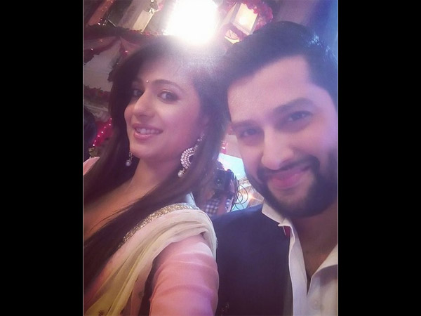 Akanksha Snapped With Aftab