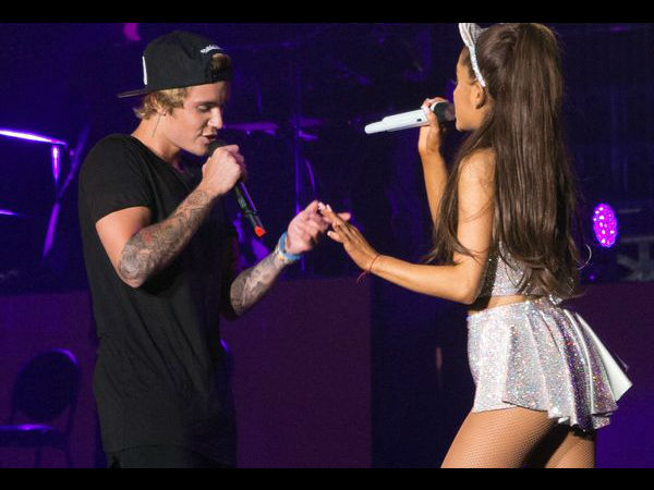 Justin Bieber Trying To Flirt With Ariana Grande? Says She Looks 'So Good'