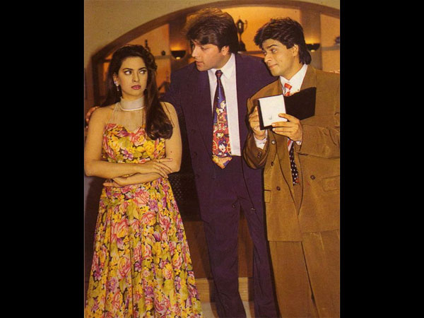 10 sweetest pictures of shahrukh khan juhi chawla from yes boss 10 sweetest pictures of shahrukh khan juhi chawla from yes boss filmibeat thecheapjerseys Image collections