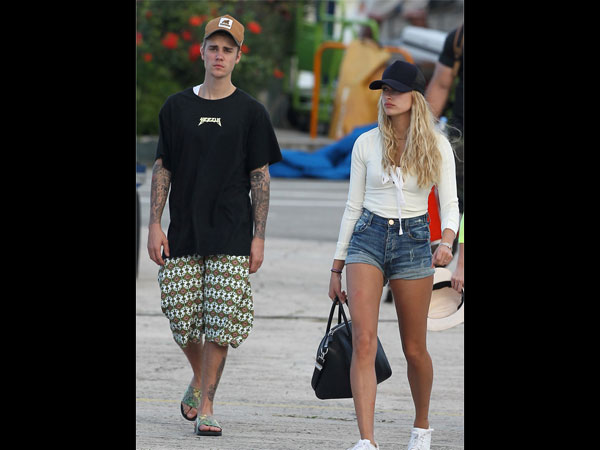 Whoa! Justin Bieber & Rebel Wilson Had A Moment?