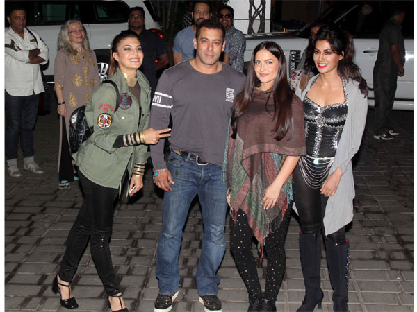 Spotted: Salman Khan With Hotties Jacqueline, Elli And Chitrangada Singh