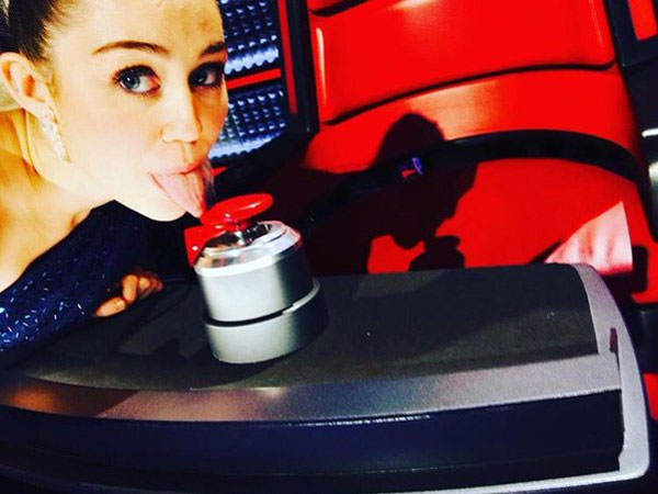 Miley Cyrus Going To Be A Key Adviser On The Voice Season 10!
