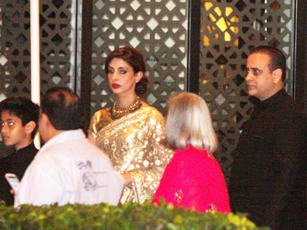 Shweta Bachchan Nanda Is Married To Business Man Nikhil And Blessed With A Daughter Son Navya Naveli Agastya