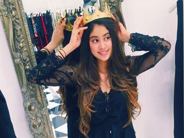 Beautiful B'day Pictures Of Jhanvi Kapoor