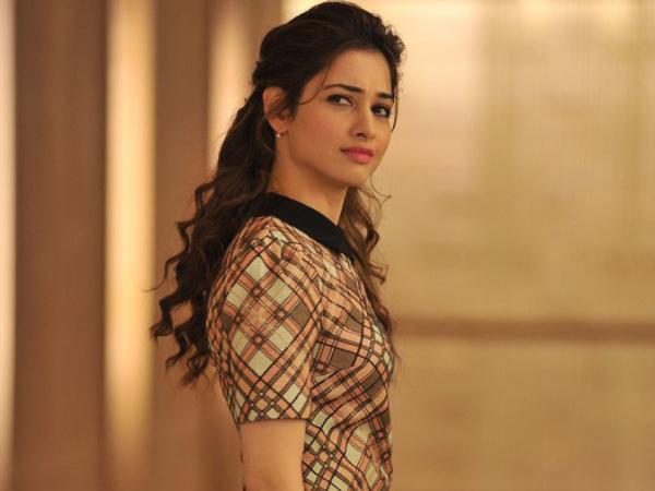 Thozha Starring Karthi, Nagarjuna & Tamannaah Movie Review & Rating