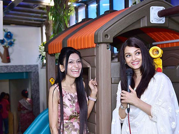 aishwarya rai aardhya spotted together at play school launch