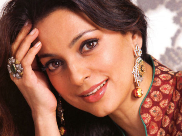 Juhi chawla to make a comeback in kannada movie through pushpaka juhi chawla to do it again after two decades thecheapjerseys Image collections