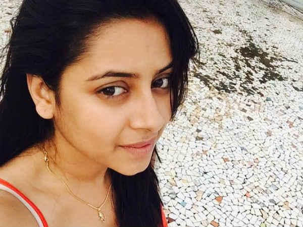 Pratyusha Banerjee Dead: Shocked TV Actors - Gauhar Khan ...