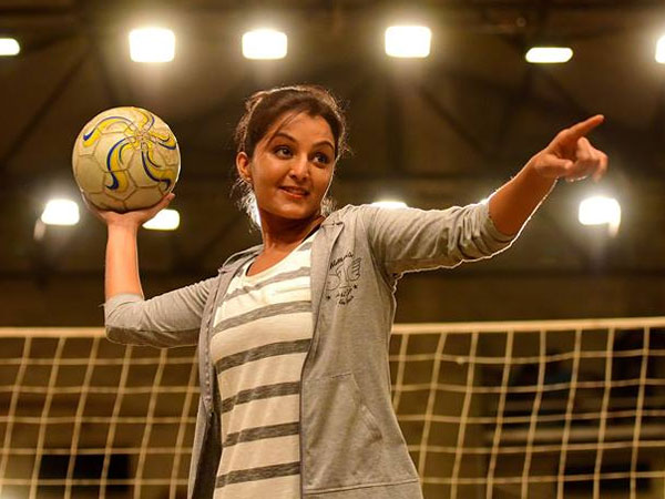 Manju Warrier As A Volleyball Coach