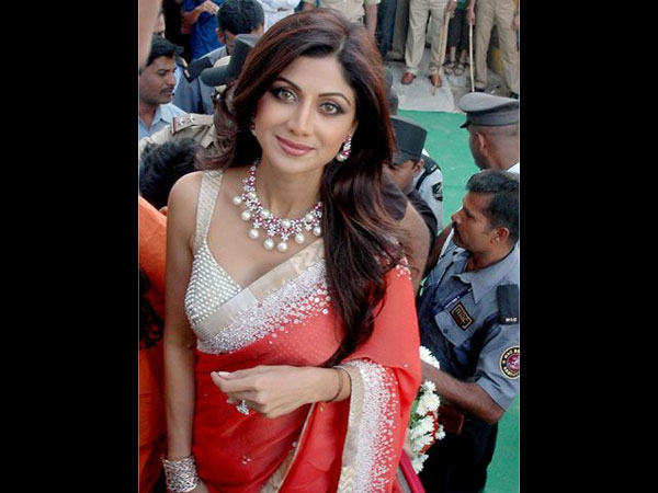 15 Pictures That Prove Shilpa Shetty Is Damn Hot ...