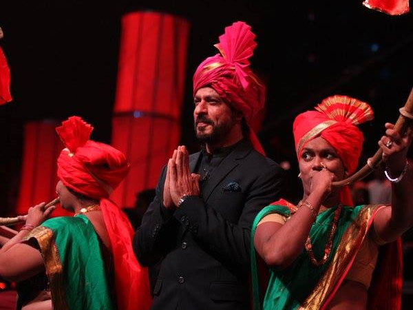 shahrukh-khan-latest-pics-at-zee-marathi-gudipadwa-celebration