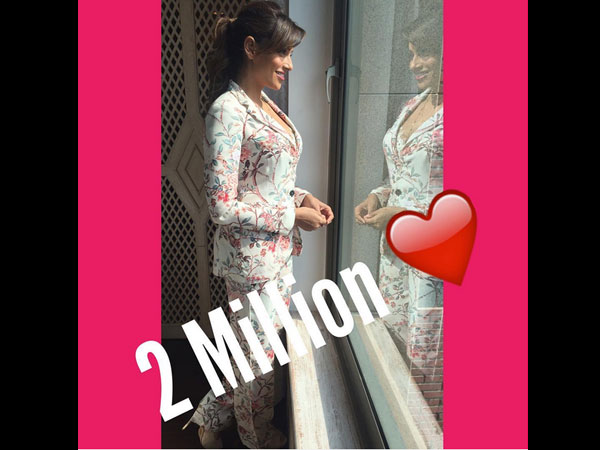 bipasha-basu-another-reason-to-smile-2-millions-instagram-followers