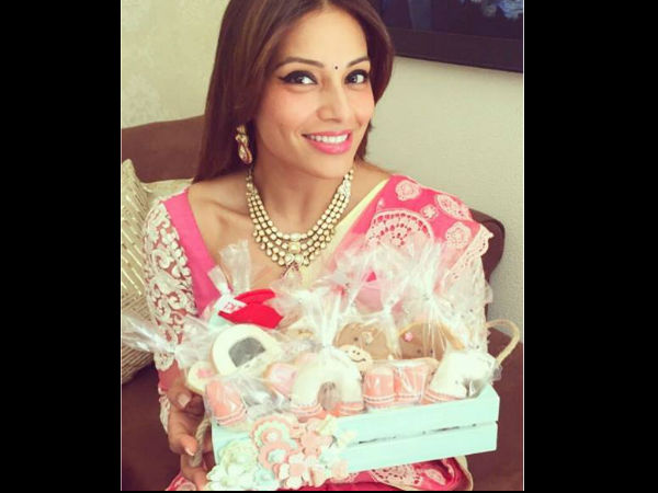 bipasha-basu-kara-singh-grover-pre-wedding-celebration-party-pictures-224386
