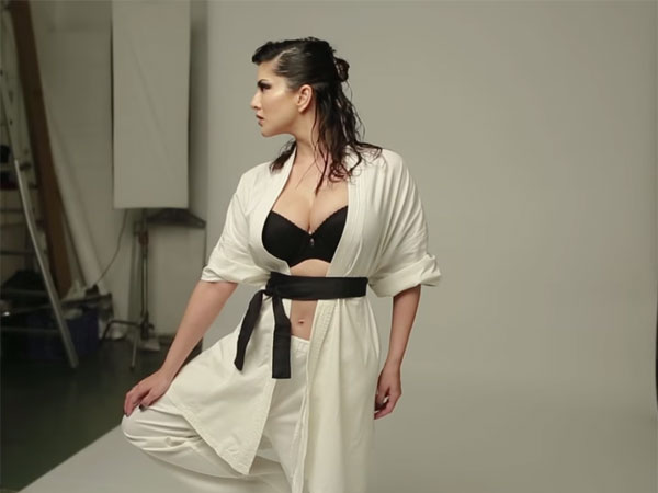 Too Hot! Sunny Leone's Photoshoot For FHM Magazine Is Too Much To Handle!