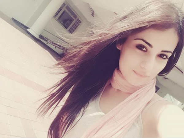 Look Who Wished Meri Aashiqui Tum Se Hi's Radhika Madan On Her Birthday…. (PICS)