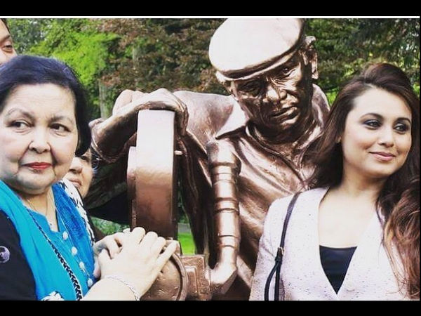 rani-mukerji-spotted-in-switzerland-yash-chopra-statue-new-pictures