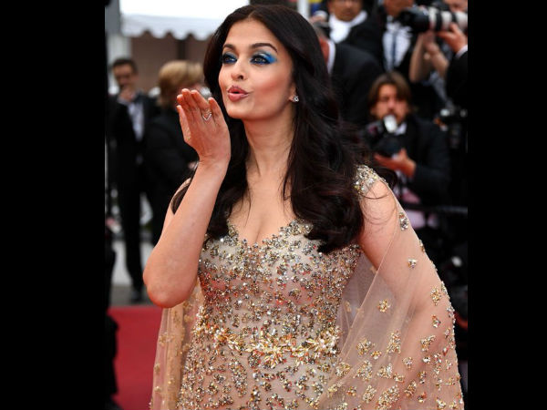 aishwarya-rai-bachchan-at-cannes-2016-latest-first-pictures
