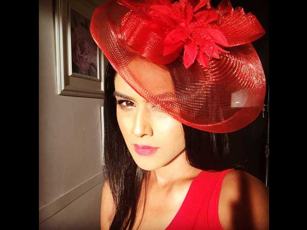 These pics of nia sharma prove that she s the sonam kapoor of tv