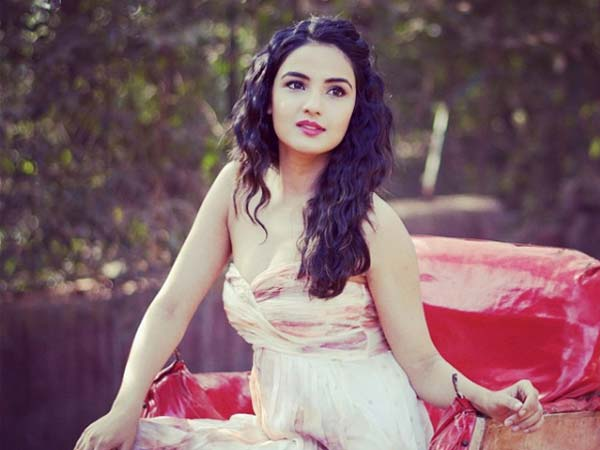 Rare Amp Unseen Pictures Of The Vivacious Jasmin Bhasin