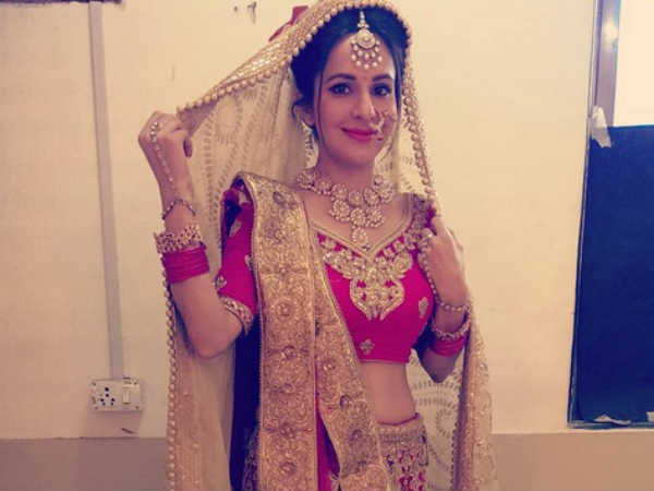 What!! Swaragini Actress Roop Durgapal Is Married!