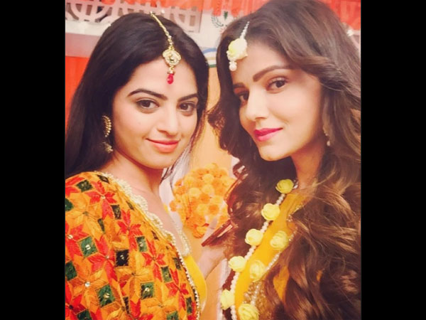Rubina Dilaik Aka Soumya Looks Gorgeous In Her Bridal Avatar