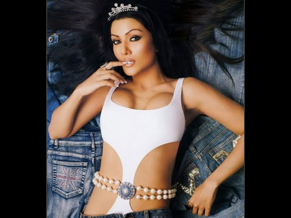 Remember Koena Mitra? We Have 20 Pictures Of The Gorgeous ...
