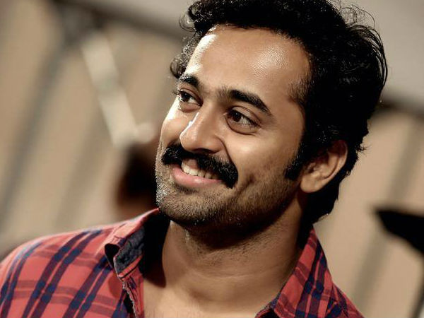 unni mukundan height and weight
