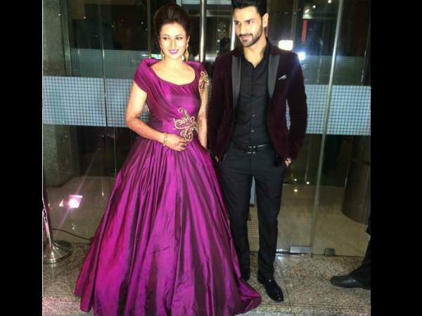 FRESH Pictures: Newly-Weds Divyanka Tripathi & Vivek Dahiya At Their Reception Party In Mumbai