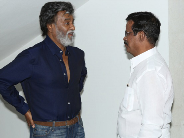 Premiere of Rajinikanth film creates holiday mood in India