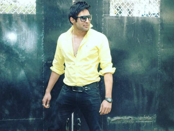 Must Read! Here Is What Rahul Raj Singh Has To Say About The Recent Bar Incident!