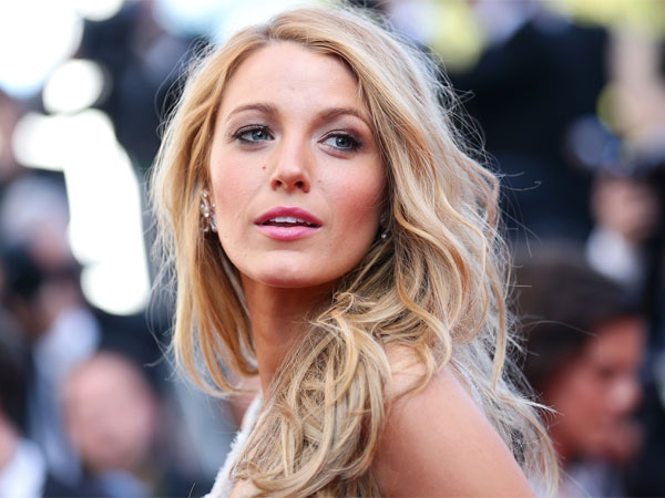 Blake Lively Eyes A Possibility To Revive The Hit American TV Show Gossip Girl.