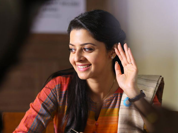 Vedhika Turns Photographer!