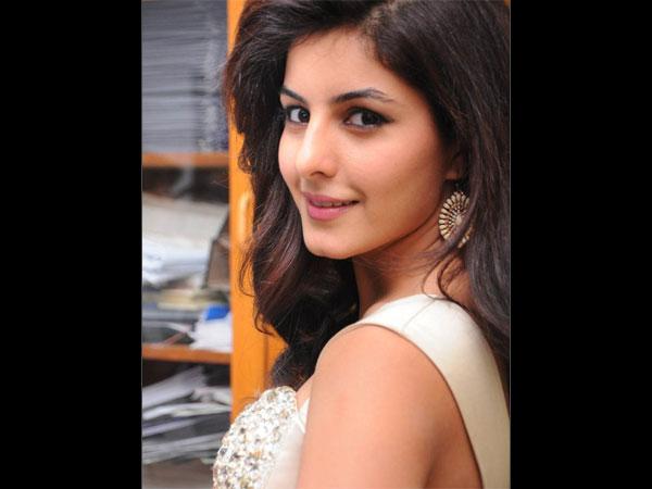 Kadhal Kadhai Actress Isha Talwar Hope...