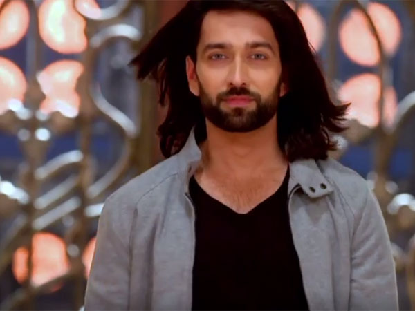Shivaay To Spoil Roop's Plan