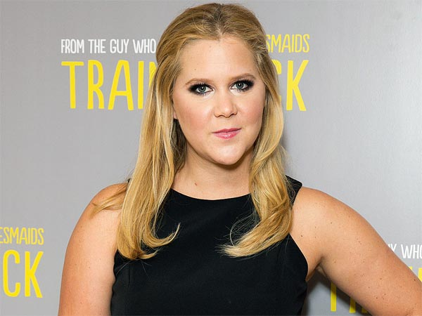 Amy Schumer defends relationship with controversial comedian Kurt Metzger