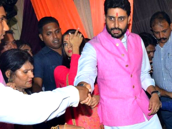 In Pic: Abhishek Greets Fans