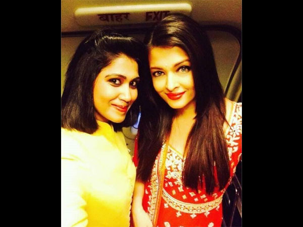 Aish With A Fan``
