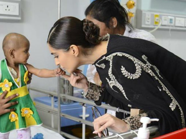 Sonam Kapoor With A Cancer Patient
