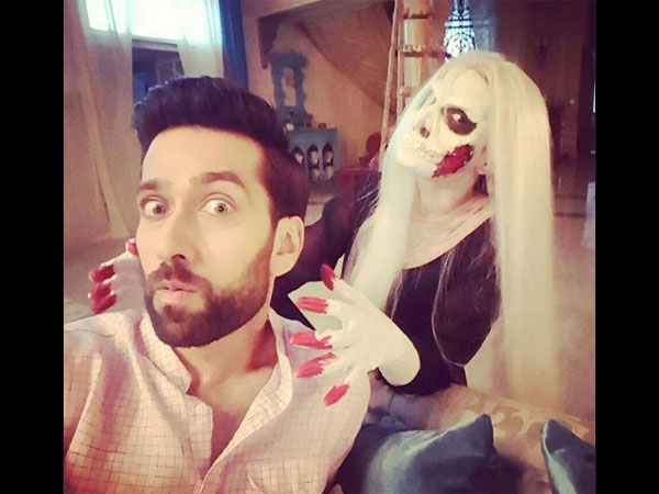 Oops! Did Nakuul Mehta Aka Shivaay Hurt His Co-star Surbhi Chandna On The Sets Of Ishqbaaz?