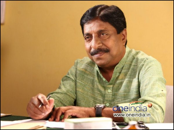 Sreenivasan's Next Titled As Ayal Sasi!