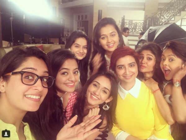 Rashmi Sharma's Girls Swara, Ragini, Simar, Gopi & Others Come Together For Pink Promotions!