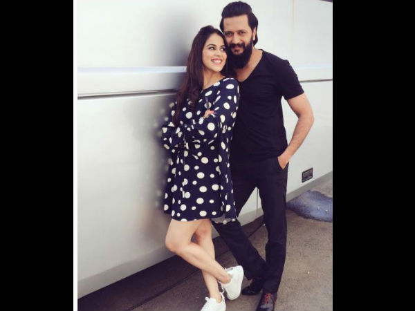 Funny Yet So Cute! Riteish Deshmukh Feels That He Looks Like Genelia's Father
