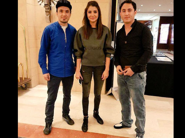 Anushka With Fans
