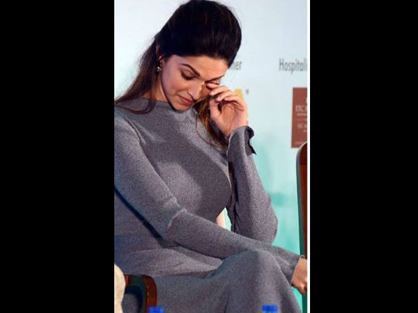 In Pic: Deepika Gets Teary-eyed