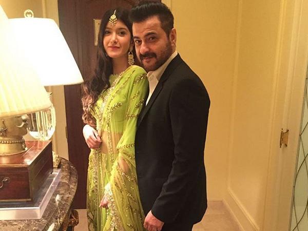 Sonam Kapoor Bf, Sonam Kapoor Spotted With Boyfriend Anand ...Shanaya Kapoor Instagram