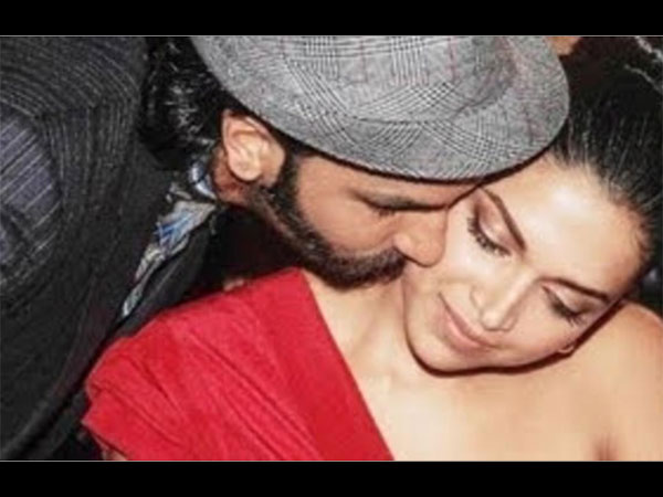Ranveer Kissing Deepika