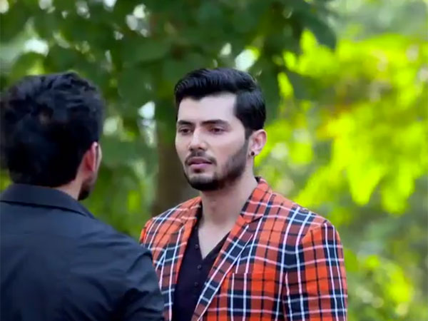 Ishqbaaz SPOILER: Mystery Man With Tia Is Revealed To Be ACP Ranveer