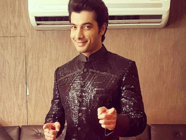 Kasam Actor Sharad Malhotra Quits Comedy nights Bachao Taaza!